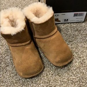 UGG brown boots size M